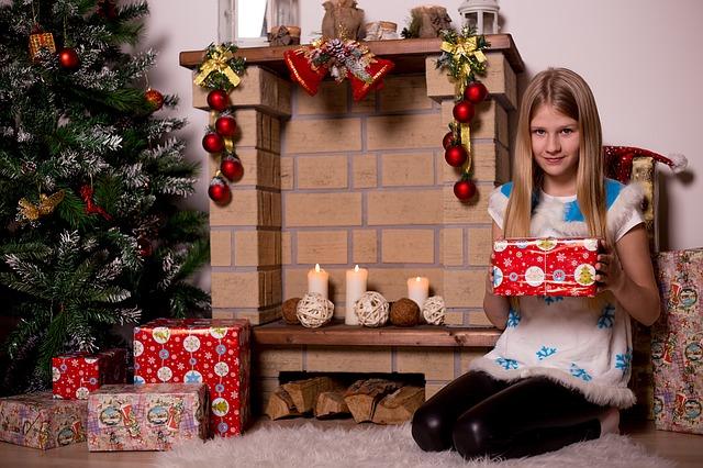 christmas-tree-1110949_640